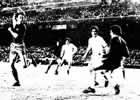 Fotografia del Partido Real Madrid C.F. 0 - F.C. Barcelona 5 de 17 de Febrero de 1974-02
