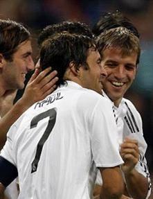 Foto de Goleada del Real Madrid ante el Sporting con tres goles de Van der Vaart