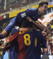 Foto de El Barcelona consigue vencer al Athletic en San Mamés