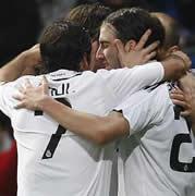 Foto de El Real Madrid vence a Osasuna en el estreno de Boluda