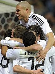 Foto de El Real Madrid golea 6-1 al Betis en una gran primera parte