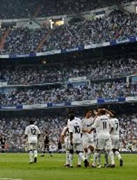 Foto de El Real Madrid vence 3-2 al Depor en el estreno liguero