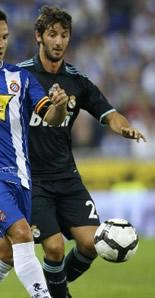 Foto de El Real Madrid vence al Espanyol en el estreno oficial de su campo