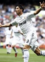 Foto de El Real Madrid golea 5-0 al Xerez