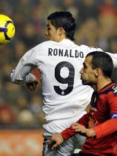Foto de El Real Madrid empata sin goles con Osasuna