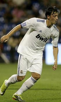 Foto de El Real Madrid vence 1-3 al Hércules