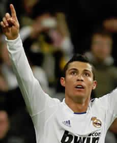 Foto de El Real Madrid vence 2-0 al Valencia