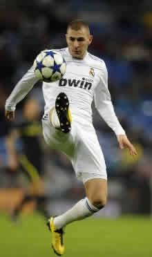 Foto de El Real Madrid golea 8-0 al Levante el la ida de la Copa
