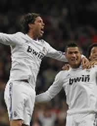 Foto de El Real Madrid remonta y vence 4-2 al Villarreal