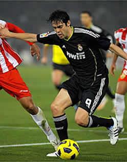 Foto de El Real Madrid pincha 1-1 en Almería