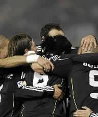 Foto de El Real Madrid vence 1-3 al Racing de Santander
