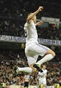 Foto de El Real Madrid vence 2-0 al Hércules