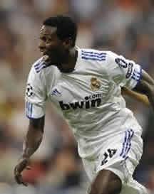 Foto de El Real Madrid pone pie y medio en semifinales al vencer 4-0 al Tottenham