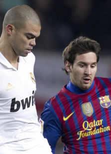 Foto de El F.C. Barcelona se clasifica para semifinales tras empatar a dos con el Real Madrid