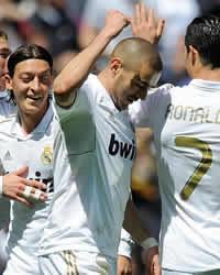 Foto de El Real Madrid golea 3-0 al Sevilla