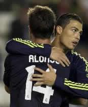 Foto de El Real Madrid vence 0-2 al Rayo en Vallecas