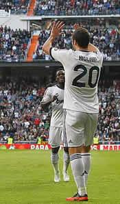 Foto de El Real Madrid vence sin problemas 2-0 al Celta de Vigo