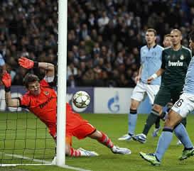 Foto de El Real Madrid empata 1-1 con el City pero se clasifica para octavos