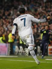Foto de El Real Madrid vence 4-3 a la Real Sociedad