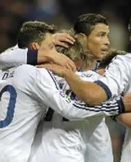 Foto de El Real Madrid vence 2-0 al Valencia en la ida de Copa