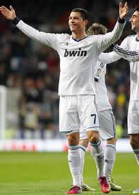 Foto de El Real Madrid golea 4-1 al Sevilla
