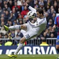 Foto de El Real Madrid golea 5-1 al Levante