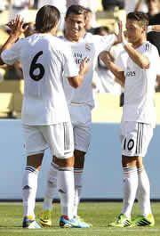 Foto de El Real Madrid vence a la contra 1-2 al Everton