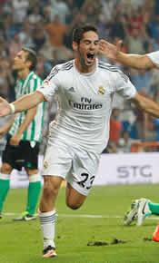 Foto de El Real Madrid vence con apuros 2-1 al Betis