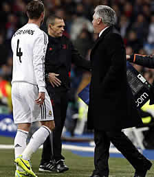 Foto de El Real Madrid golea con diez 4-1 al Galatasaray