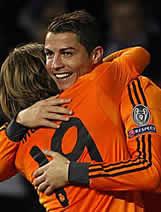 Foto de El Real Madrid primera de grupo al vencer 0-2 al Copenhague