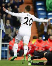 Foto de El Real Madrid vence 1-0 al Espanyol y se mete en semifinales