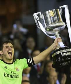 Foto de El Real Madrid Campeón de Copa venciendo 1-2 al F.C. Barcelona