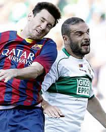 Foto de El F.C. Barcelona vivo en la Liga a pesar de no pasar del empate en Elche